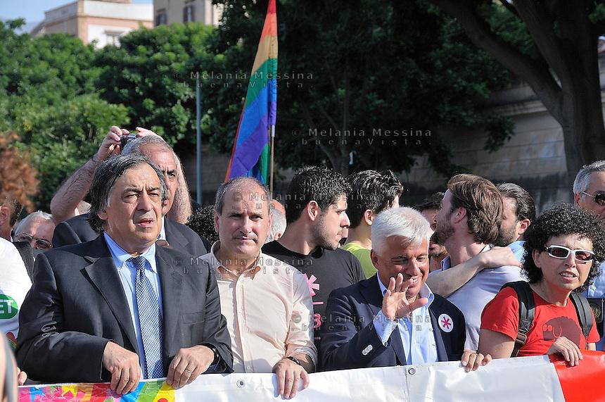 Parata del gay pride a Palermo, Leoluca Orlando; Paolo Ferrero e Francesco Giambrone<br /> Gay pride parade in Palermo,Leoluca Orlando; Paolo Ferrero e Francesco Giambrone.