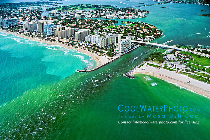 runoff pollution - algae-grown, polluted sea water from cities in Intracoastal Waterway and in Biscayne Bay, running out to Atlantic Ocean through a channel, Bal Harbour, Florida, USA, Caribbean Sea, Atlantic Ocean