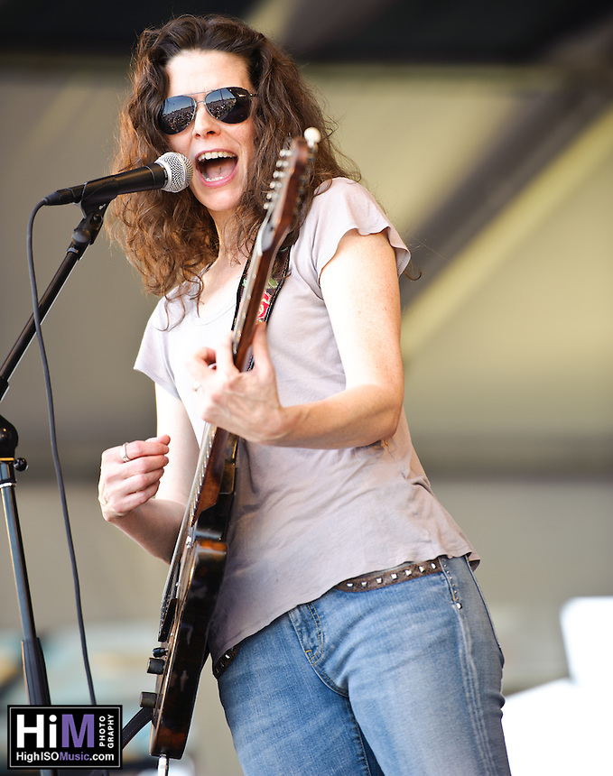 Edie Brickell HIGH ISO Music
