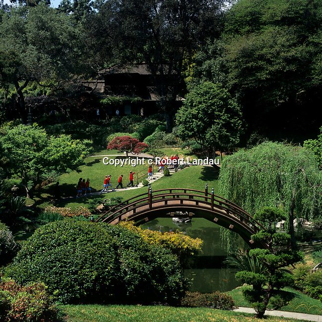 Students vsiting Japanese Garden at Huntinton Gardens, Pasadena, CA