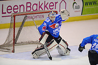 IJSHOCKEY: HEERENVEEN: 29-10-2014, Unis Flyers - Tilburg Trappers, uitslag 0-1, Martijn Oosterwijk (#30), ©foto Martin de Jong