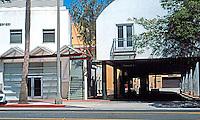 Koning Eisenberg: Ken Edwards Center, Santa Monica.  Photo '04.