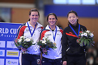 SCHAATSEN: BERLIJN: Sportforum Berlin, 06-12-2014, ISU World Cup, Podium 1000m Ladies Division A, Heather Richardson (USA), Brittany Bowe (USA), Qishi Li (CHN), ©foto Martin de Jong