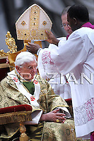 """Pope Benedict XVI (C) leads a special mass to open a month-long synod of African bishops on October 4, 2009 at Saint Peter's Basilica at the Vatican. Benedict prayed that the meeting of 197 Roman Catholic bishops from Africa's 53 states would """"renew and reinvigorate (Africa's) Church, the sign and instrument of reconciliation, justice and peace."""