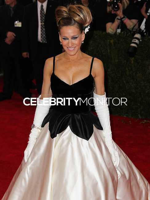"""NEW YORK CITY, NY, USA - MAY 05: Sarah Jessica Parker at the """"Charles James: Beyond Fashion"""" Costume Institute Gala held at the Metropolitan Museum of Art on May 5, 2014 in New York City, New York, United States. (Photo by Xavier Collin/Celebrity Monitor)"""