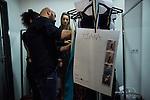 20.1.2015, Potsdam Now Fashion Week. Gezeigt werden moderne, exklusive Kollektionen f&uuml;hrender israelischer Designerinnen und Designer. Shani Zimmerman und Zion Anava interpretieren auf sehr unterschiedliche Weise elegante Ready-To-Wear. Danach geht es weiter mit der Kollektion des ebenfalls aus Tel Aviv stammenden, seit 2014 jedoch auch in Amsterdam vertretenen Labels Frau Blau. Efrat Kalig ist ber&uuml;hmt f&uuml;r ihre eindrucksvolle Couture und bildet den Abschluss der Schauen.<br /><br />Backstage vor der Show von Efrat Kalig