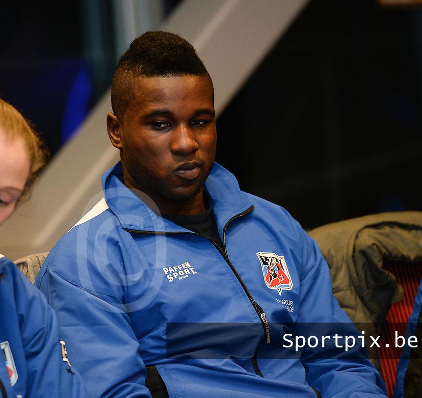 Zwevezele : persconferentie boxingclub Lichtervelde bij sponsor Degroote Trucks met : Yves Ngabu <br /> foto VDB / BART VANDENBROUCKE