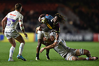 Marland Yarde of Harlequins takes on the Exeter Chiefs defence. Aviva Premiership match, between Harlequins and Exeter Chiefs on April 14, 2017 at the Twickenham Stoop in London, England. Photo by: Patrick Khachfe / JMP