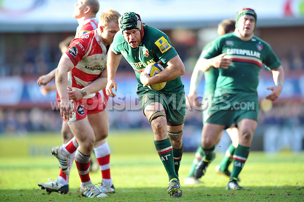 Julian Salvi goes on the attack. Aviva Premiership match, between Leicester Tigers and Gloucester Rugby on February 16, 2014 at Welford Road in Leicester, England. Photo by: Patrick Khachfe / JMP