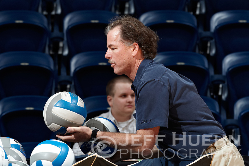 SAN ANTONIO, TX - SEPTEMBER 29, 2011: The Sam Houston State University Bearkats vs. The University of Texas at San Antonio Roadrunners Volleyball at the UTSA Convocation Center. (Photo by Jeff Huehn)