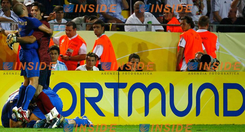 Dortmund 4/7/2006 World Cup 2006 Semifinale Germania Italia 0-2.Photo Andrea Staccioli Insidefoto.Fabio Cannavaro (L), Gianluigi Buffon (R) festeggiano dopo il gol di Grosso