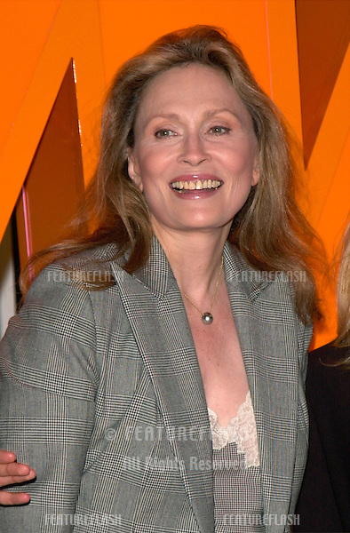 Actress FAYE DUNAWAY at the Cable TV Assoc Western Show in Los Angeles where she helped to launch the Womens Entertainment channel - formerly Romance Classics TV..29SEP2000.  © Paul Smith / Featureflash