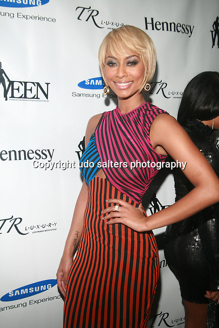 Honoree Keri Hilson Attends 3rd Annual WEEN Awards Honoring  Estelle, Keri Hilson, Tracy Wilson Mourning, Egypt Sherrod, Danyel Smith and Jennifer Yu Held at  Samsung Experience at Time Warner Center, NY   11/10/11