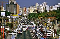 Avenida Francisco Matarazzo em São Paulo. 1995. Foto de Juca Martins.