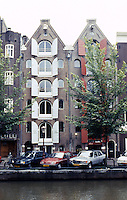 Amsterdam: Prinsengracht--Warehouses. Photo '87.