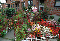 1992 September ..Assisted Housing..Tidewater Gardens (6-2 & 6-9)..YARD BEAUTIFICATION.AWARD WINNER...NEG#.NRHA#..