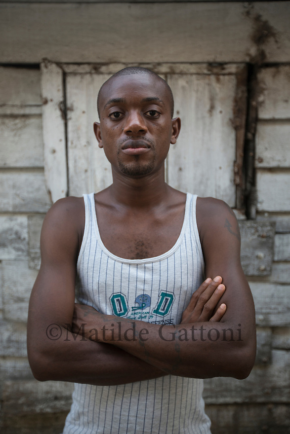 Cameroon - Douala - Andre Daniel Owona, 31, (pictured here) met Yannick, 35, in 2013, in Niger, in an travel agency, He had been in Niger for one month and had run out of money to continue his trip. Yannick, another Cameroonian, befriended him and paid for his expenses until Oran, in Algeria, where the two parted. Yannick went to Morocco, Andre came back to Cameroon after a few weeks, without even trying to get to Europe. &ldquo;Nevertheless, it is an adventure that forges relationships. With Yannick, during the trip in the desert, it was as if we were part of the same family.&rdquo; <br /> After separating, Yannick and Andre kept in touch via Facebook for several years. Eight months ago, Yannick told Andre he was going to Libya to try crossing the Mediterranean and get to the Italian island of Lampedusa. Andre has never heard back from him and is worried that something might have happened to him. &ldquo;I miss him&rdquo;, he says. &ldquo;I want to know if he achieved his dream or not.&rdquo;
