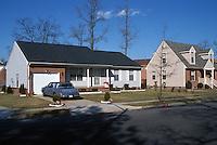 1994 February 01..Assisted Housing..N. Wellington Place...Infill housing North Wellington.Jefferson Avenue looking East...NEG#.NRHA#..HOUSING:WelOaks1  2:20