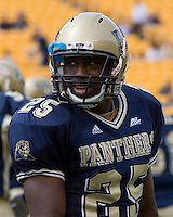 23 September 2006: Pitt defensive back Darrelle Revis..The Pitt Panthers beat The Citadel Bulldogs 51-6 on September 23, 2006 at Heinz Field, Pittsburgh, Pennsylvania.