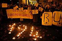Roma  6 Dicembre 2005.Manifestazione davanti al Ministero della Sanità  in difesa della legge 194 sull'aborto.Rome December 6, 2005.Demonstration outside the Ministry of Health in defense of the law 194 on the abortion..RU486 (abortion pill)