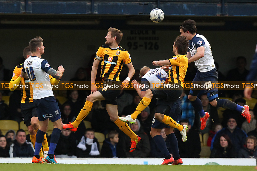 Ryan Leonard of Southend United (R) goes close to a goal - Southend United vs Cambridge United - Sky Bet League Two Football at Roots Hall, Southend-on-Sea, Essex - 21/03/15 - MANDATORY CREDIT: Gavin Ellis/TGSPHOTO - Self billing applies where appropriate - contact@tgsphoto.co.uk - NO UNPAID USE