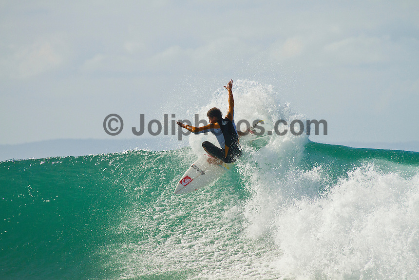 Sunday July 25, 2010. Maxime Huscenot (REU)  Free surfing at Supertubes, Jeffreys Bay, Eastern Cape, South Africa.  Photo: joliphotos.com