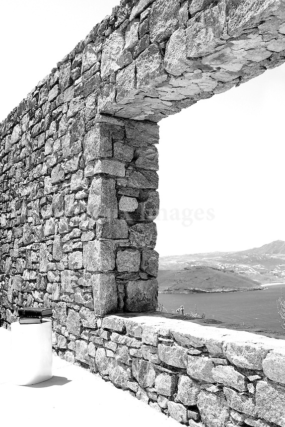 HARRIS & AGELOS FAMOUS  FASHION DESIGNERS IN GREECE BUILT THEIR SUMMER HOUSES IN MYKONOS GREECE