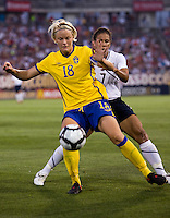 Shannon Boxx, Nilla Fischer. The USWNT defeated Sweden, 3-0.
