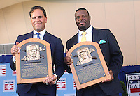 Mike Piazza and Ken Griffey Jr. Inducted Into Baseball Hall Of Fame