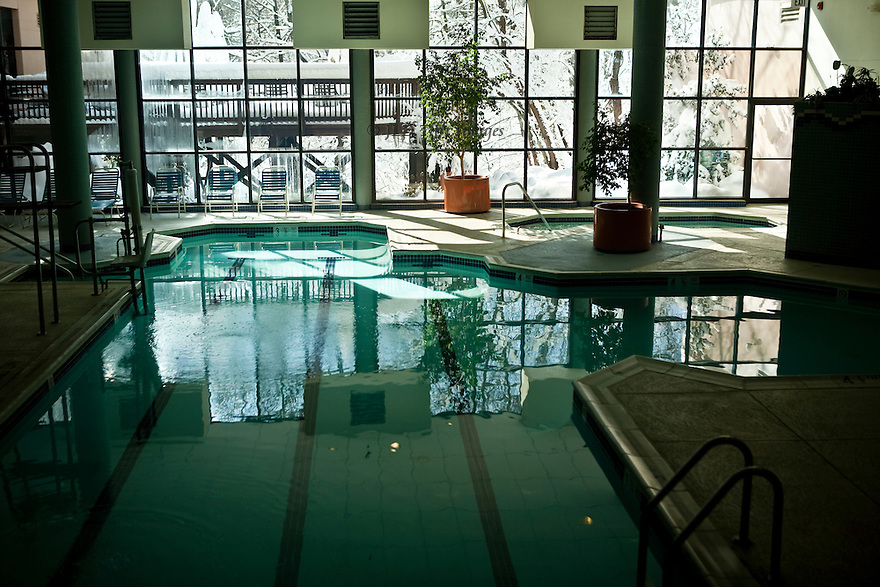 Indoor swimming pool jld tifft images Swimming pools in alexandria va