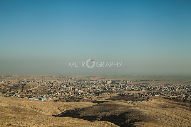 13/11/2015-- Iraq,Sinjar -- A view of Sinjar city from north east pole.