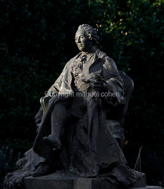 General view of the statue of Georges-Louis Leclerc, comte de Buffon, created by Jean Carlus (1852-1930) in 1902, located in the Jardin des Plantes, Paris, 5th arrondissement, France. Founded in 1626 by Guy de La Brosse, Louis XIII's physician, the Jardin des Plantes, originally known as the Jardin du Roi, opened to the public in 1640. It became the Museum National d'Histoire Naturelle in 1793 during the French Revolution. Picture by Manuel Cohen