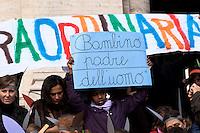 Roma 29 Novembre 2010.Manifestazione davanti al ministero dell'Istruzione  dei bambini del VII Circolo Montessori, con genitori e docenti per rivendicare il diritto a una scuola che risponda a esigenze formative e di sicurezza adeguate. Al ministro Gelmini è stato  portato un asino gigante realizzato riciclando bottiglie di plastica. Il sit-in si inserisce all'interno delle proteste che stanno coinvolgendo l'intero mondo dell'istruzione..Rome November 29, 2010.Demonstration at the Ministry of Education of the Seventh Circle Montessori children, parents and teachers to claim the right to a school that meets the educational needs and safety practice. Was brought to the minister Gelmini a giant donkey realized by recycling plastic bottles. The sit-in is part of the protests that are involving the whole world of education.