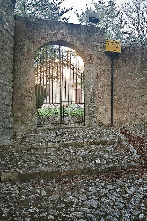 Erice: ingresso alla  chiesa di Sant'Antonio Abate.<br /> Erice: entrance to Sant'Antonio Abate church