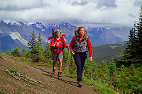 Skyline Trail, Jasper National Park, Alberta, Canada, July 2006. On the way to Little Shovel Pass. Trekking the Skyline Trail takes you over mountain ridges and through green alpine meadows offering spectaculair mountain landscapes and lots of wildlife. Photo by Frits Meyst/Adventure4ever.com.
