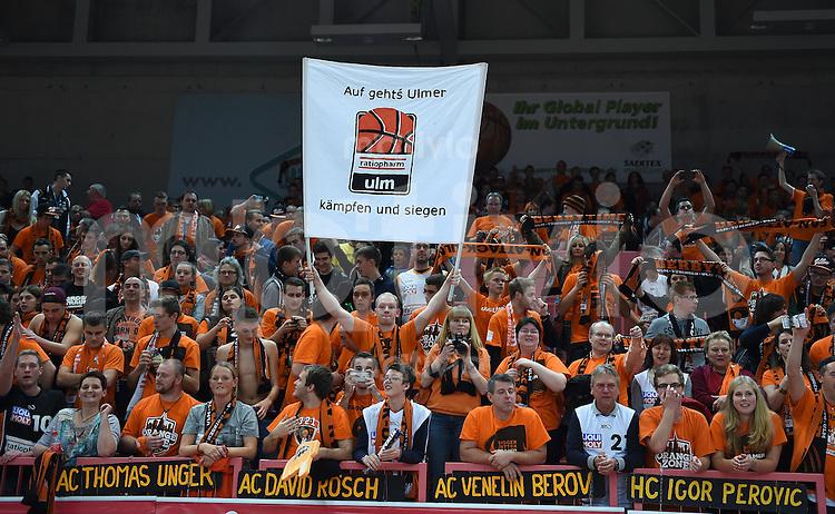 BEKO Basketball 1. Bundesliga 2014/2015  8. Spieltag Walter Tigers Tuebingen - ratiopharm Ulm        09.11.2014 ratiopharm Ulm feiern den Derbysieg in der Paul Horn Arena