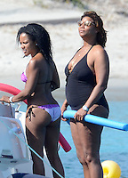 Queen Latifah with her girlfriend spending holidays on a yacht in Corsica - EXCLUSIVE