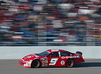 Bill Elliott steaks to victory in the Pop Secret 400 NASCAR Winston Cup race at Rockingham, NC on Sunday, November 9, 2003. (Photo by Brian Cleary)