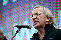 John Pilger, journalist - London 2011 <br /> <br /> London, 08/10/2011. Today Trafalgar Square was the stage of the &quot;Antiwar Mass Assembly&quot; organised by The Stop The War Coalition to mark the 10th Anniversary of the invasion of Afghanistan. Thousands of people gathered in the square to listen to speeches given by journalists, activists, politicians, trade union leaders, MPs, ex-soldiers, relatives and parents of soldiers and civilians killed during the conflict, and to see the performances of actors, musicians, writers, filmmakers and artists. The speakers, among others, included: Jeremy Corbin, Joe Glenton, Seumas Milne, Brian Eno, Sukri Sultan and Shadia Edwards-Dashti, Hetty Bower, Mark Cambell, Sanum Ghafoor, Andrew Murray, Lauren Booth, Kate Hudson, Sami Ramadani, Yvone Ridley, Mark Rylance, Dave Randall, Roger Lloyd-Pack, Rebecca Thorn, Sanasino al Yemen, Elvis McGonagall, Lowkey (Kareem Dennis), Tony Benn, John Hilary, Bruce Kent, John Pilger, Billy Hayes, Alison Louise Kennedy, Joan Humpheries, Jemima Khan, Julian Assange, Lindsey German, George Galloway. At the end of the speeches a group of protesters marched toward Downing Street where after a peaceful occupation the police made some arrests.