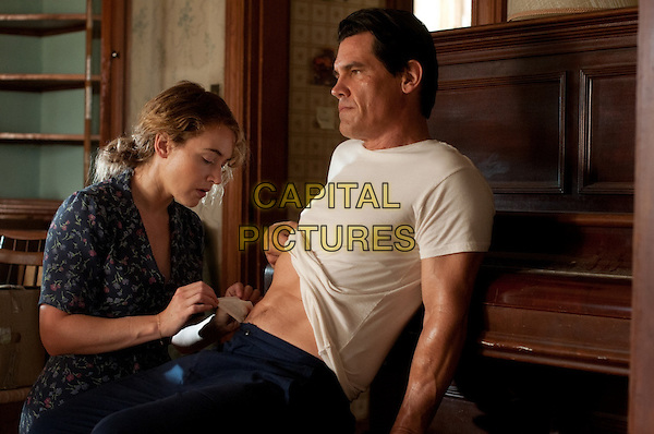 Kate Winslet, Josh Brolin<br /> in Labor Day (2013) <br /> (Last Days of Summer)<br /> *Filmstill - Editorial Use Only*<br /> CAP/NFS<br /> Image supplied by Capital Pictures