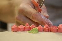 """Artigiani a San Lorenzo , quartiere storico di Roma. Craftsmen in San Lorenzo, historic district of Rome. """"Bocca di Dama"""" è una pasticceria dove le due proprietarie Simonetta e Amalia, e il loro team si occupano di """"progettare"""" e realizzare i dolci non convenzionali, provenienti dalla memoria, dai racconti, dalle conversazioni e frutto di sperimentazione e passione; di recuperare antiche ricette familiari e riadattarle alla contemporaneità.""""Bocca di Dama"""" is a pastry shop where the two owners, Simonetta and Amalia together with their team, make sweet unconventional..The recipes come from memory, from the stories and conversations and they are the result of experimentation and passion..they recover old family recipes and adapt themselves to contemporary......."""