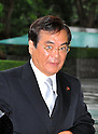 September 2, 2011, Tokyo, Japan - Yoshio Hachiro, newly-appointed minister of Economy, Trade and Industry, arrives for an attestation ceremony before Emperor Akihito at the Imperial Palace in Tokyo on Friday, September 2, 2011. (Photo by Natsuki Sakai/AFLO) [3615] -mis-