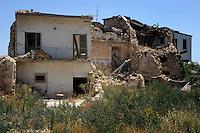 Insediamento temporaneo di Onna, L'Aquila..Temporary settlement of Onna, L'Aquila.