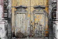 Portal of a palazzo of the old city of Palermo, Sicily, Italy. Picture by Manuel Cohen
