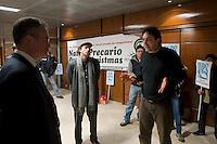 Roma 22 Dicembre 2011.Un gruppo di attivisti precari e precarie del movimento San Precariò ha occupato il quinto piano della sede dell'Inps di dell'Amba Aradam a Roma.Chiedono un incontro con il ministro del Welfare, Elsa Fornero.Mauro Nori. Direttore Generale INPS incontro gli occupanti