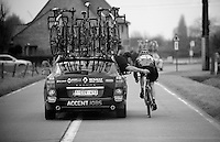 Kuurne-Brussel-Kuurne 2012<br /> getting some help