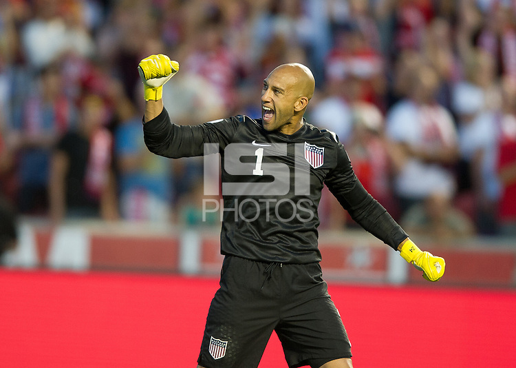Sandy, Utah - Tuesday, June 18, 2013: USMNT 1-0 over  Honduras at Rio Tinto Stadium during a WC qualifying match. Tim Howard celebrates.