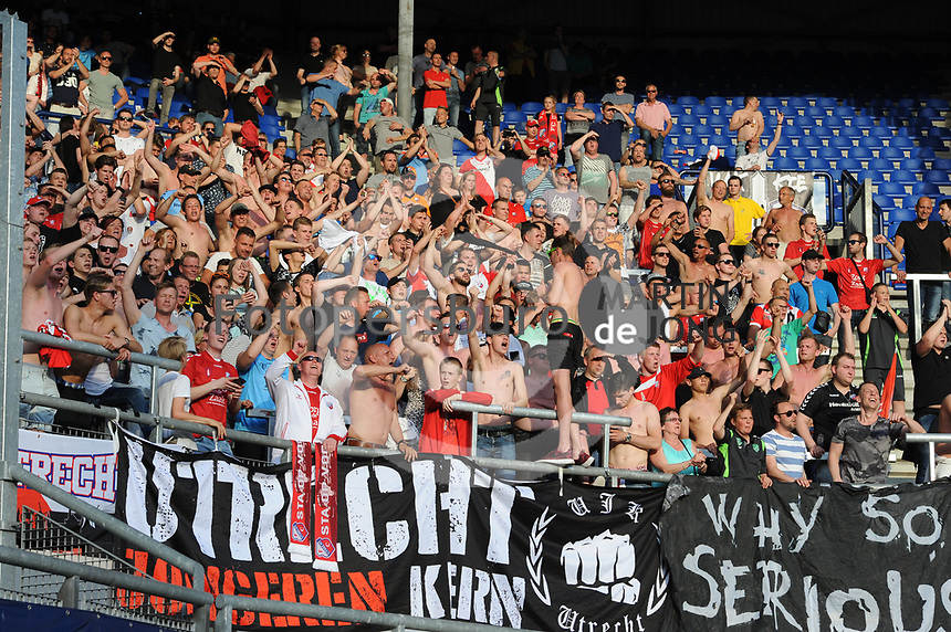 VOETBAL: HEERENVEEN: Abe Lenstra Stadion, 17-05-2017, SC Heerenveen - FC Utrecht, uitslag 1-3, FC Utrecht fans, ©foto Martin de Jong