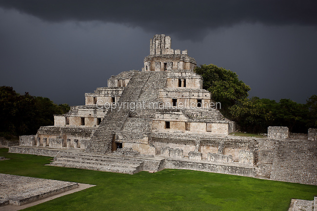 Five-Floor building, so called because of its five levels of vaulted rooms, Puuc architectural style, Late Classic Period, 600 - 900 AD, Edzna, Campeche, Mexico. Picture by Manuel Cohen