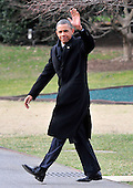 United States President Barack Obama waves to the cameras as he walks to Marine One to depart the South Lawn of the White House in Washington, D.C. for a quick trip to Cleveland, Ohio to discuss the economy..Credit: Ron Sachs / CNP